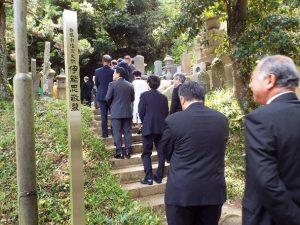R元年墓前祭3